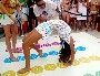 Twister acrobatique en filet et joli bikini turquoise ! :p
